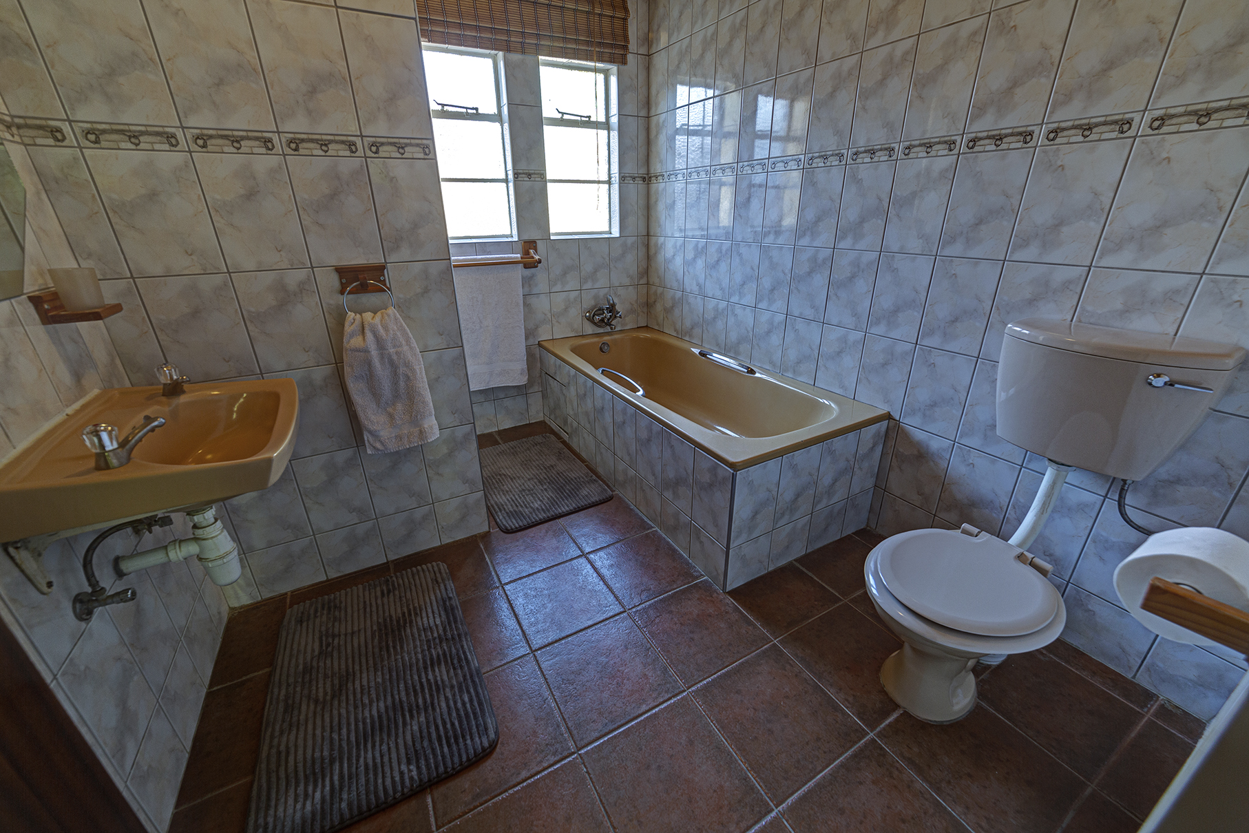 Shared Bathroom Self-Catering Unit